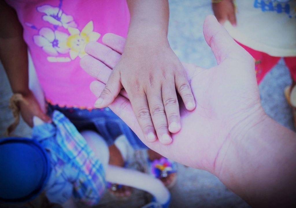 Nicolas Masihi explique comment participer a une mission humanitaire