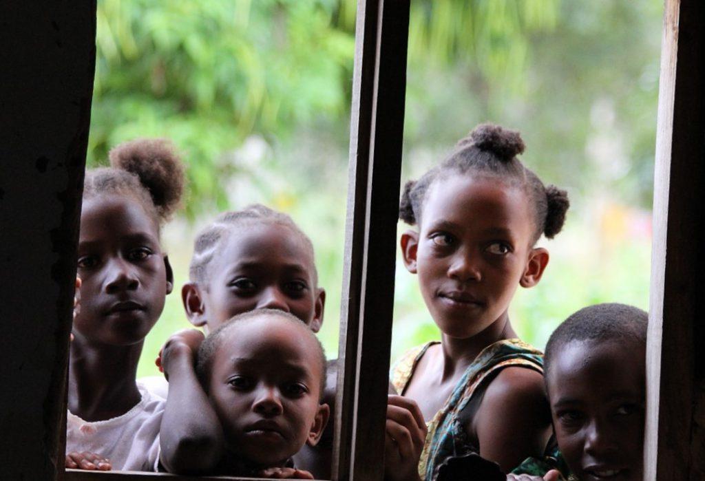 Des Cases des Tout Petits au Bénin et au Burkina Faso